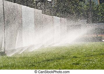 воды, разбрызгиватель