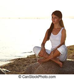 восход, океан, йога