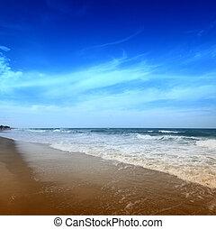 восход, океан