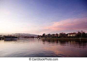 гавань, закат солнца
