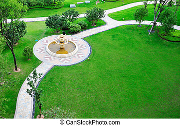 газон, фонтан