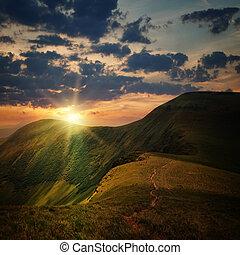 гора, холм, закат солнца, вершина горы, путь