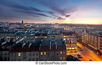 город, старый, закат солнца