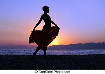 гулять пешком, женщина, пляж
