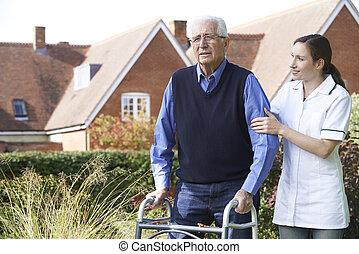 гулять пешком, сад, сиделка, рамка, ходить, помощь, с помощью, старшая, человек
