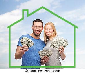 деньги, над, зеленый, держа, дом, улыбается, пара