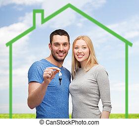 держа, дом, над, зеленый, ключ, улыбается, пара