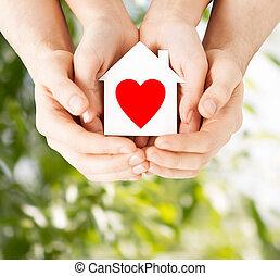 дом, пара, бумага, держа, руки, белый