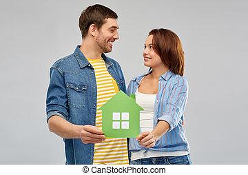 дом, пара, бумага, зеленый, держа, улыбается