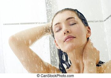 душ, девушка