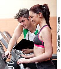 ее, постоянный, красивая, личный, центр, тренер, машина, спортивное, женщина, бег, фитнес