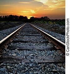 железная дорога, закат солнца