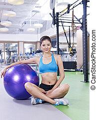 женщина, молодой, мяч, фитнес