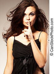 женщина, молодой, shushing, тихо, gesturing, или