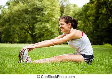женщина, растягивание, -, на открытом воздухе, спорт, упражнение