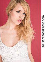 женщина, isolated, блондин, безумно красивая, белый, красный