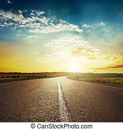 закат солнца, асфальт, дорога