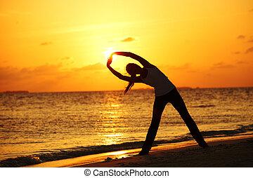закат солнца, женщина, йога