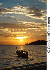 закат солнца, море