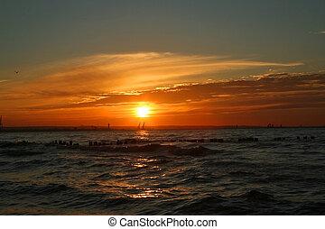 закат солнца, неимоверный
