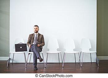 интервью, ожидание