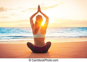 йога, женщина, закат солнца
