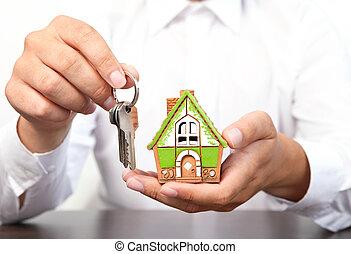квартира, keys, дом, рука, держа, маленький, бизнесмен