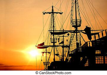корабль, пират