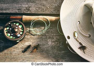 летать, стержень, дерево, шапка, ловит рыбу