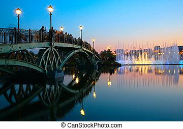 люди, sunset., moscow., мост, фонтан