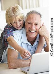 мальчик, портативный компьютер, молодой, компьютер, с помощью, старшая, человек