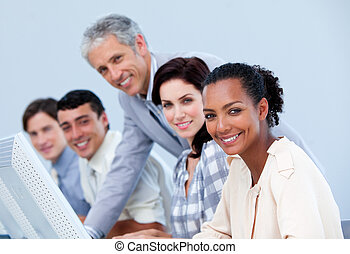 менеджер, зрелый, employee's, his, checking, работа, харизматический