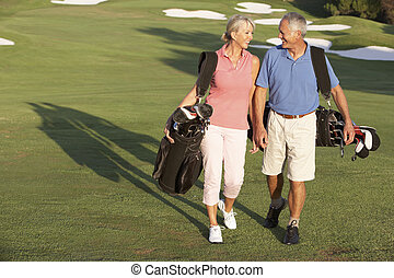 мешки, гулять пешком, гольф, пара, курс, carrying, вдоль, старшая