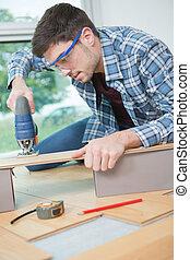новый, пол, деревянный, laminated, installing, человек