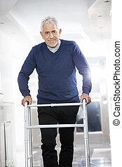 пациент, центр, восстановление, ходок, с помощью, старшая, мужской