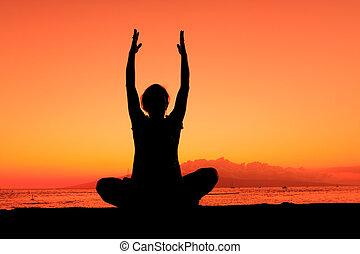 пляж, йога, закат солнца