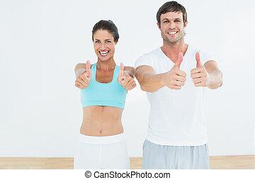 поместиться, пара, вверх, студия, thumbs, фитнес, gesturing, счастливый