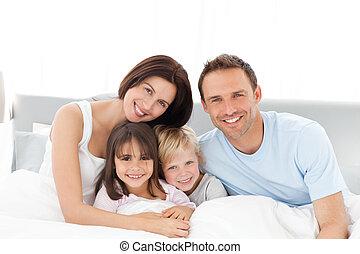 постель, счастливый, сидящий, портрет, семья
