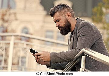 предоставлять, время, на открытом воздухе, addicted, социальное, подробный, выбирать, concept., предел, как, usage., мобильный, человек, день, networks, times, многие, использование, сми, телефон, smartphone., dependence., занятый, информация, трекер