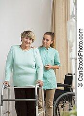 проблемы, старшая, леди, гулять пешком