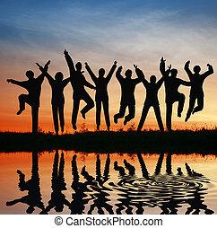 прыгать, силуэт, team., закат солнца, пруд