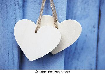 синий, деревянный, два, поверхность, подвешивание, hearts