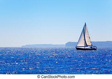 синий, парусная лодка, средиземное море, парусный спорт