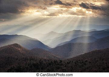 синий, mountains, сумеречный, rays, хребет, сценический, аппалачи, путешествовать, nc, место назначения, западный, ridges, легкий, север, автострада, каролина