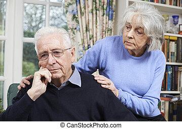 старшая, женщина, депрессия, утешительный, человек