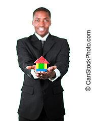 счастливый, дом, presenting, бизнесмен