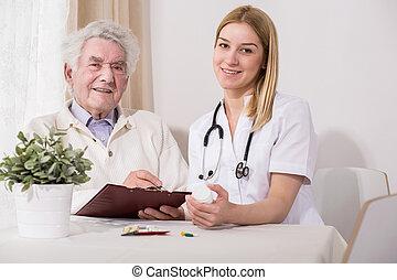 счастливый, пожилой, пациент