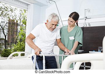 с помощью, уход, медсестра, главная, пациент, помощь, ходок, молодой