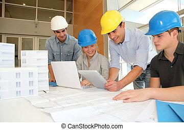 таблетка, за работой, students, архитектура, воспитатель, электронный