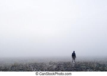 туман, ходить